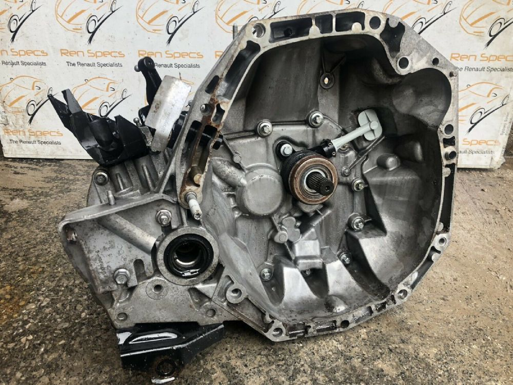 Genuine Renault Clio MK4 2012-2017 1.5 DCI Diesel 5 Speed Manual Gearbox JR5 332